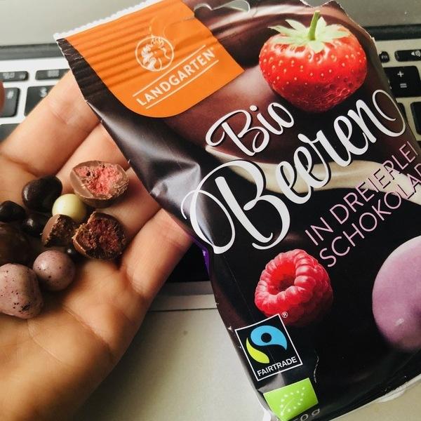 Landgarten luomumarjat suklaaseoksessa